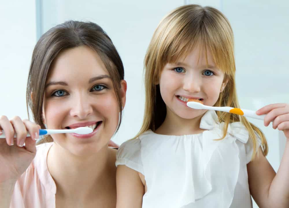 3162 1000x720 - How Do I Teach My Child to Brush Her Teeth?